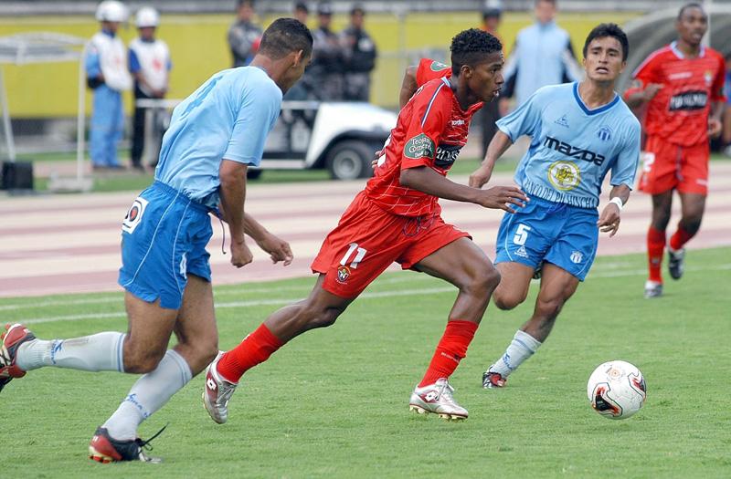 Resultado de imagen para ANTONIO VALENCIA el nacional 2005 liga de quito villarreal