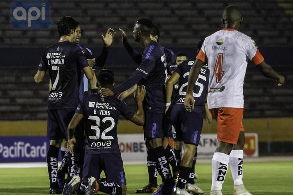 Liga de Quito 5a2669ef8863b