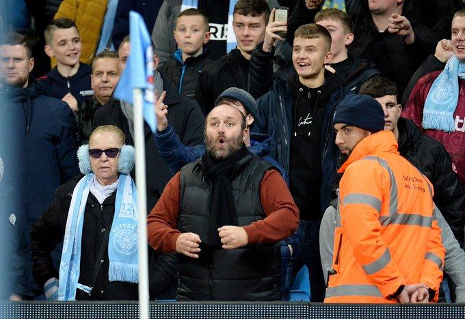 Hincha del Manchester City fue detenido por gestos racistas | StudioFútbol