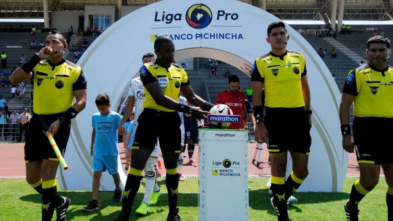 Cambio arbitral en el Guayaquil City vs BSC | StudioFutbol